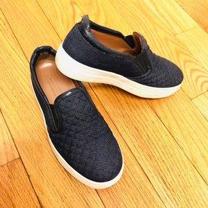 BCBGMAXAZRIA Slip on sneakers